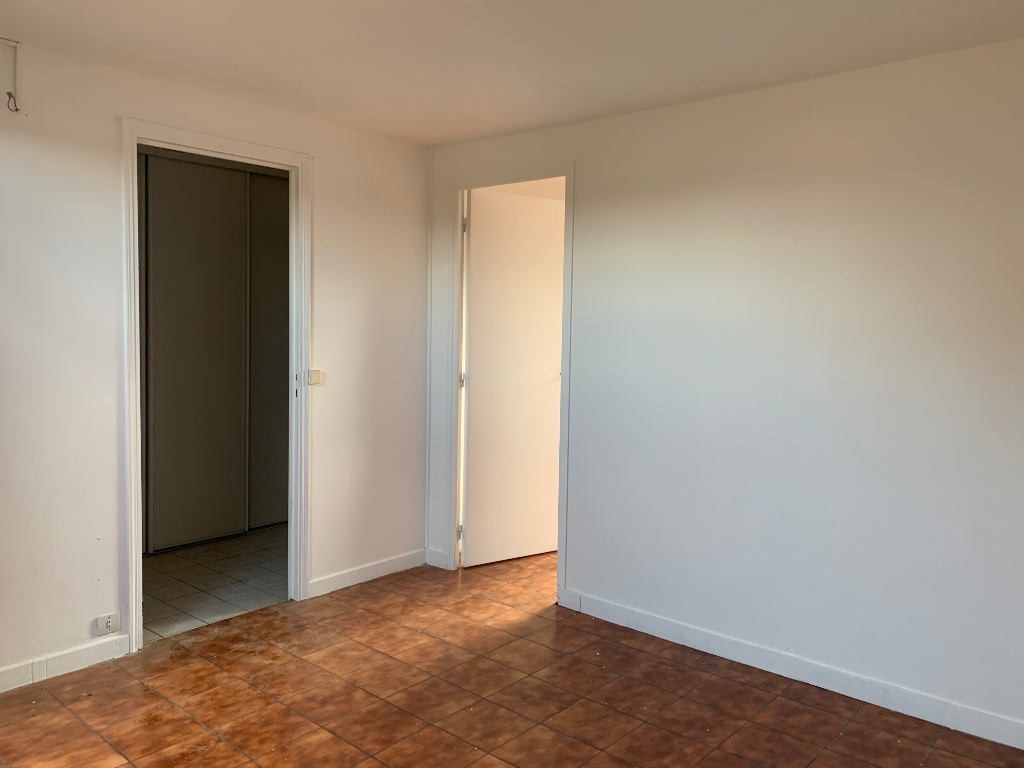 Appartement T2 4/4