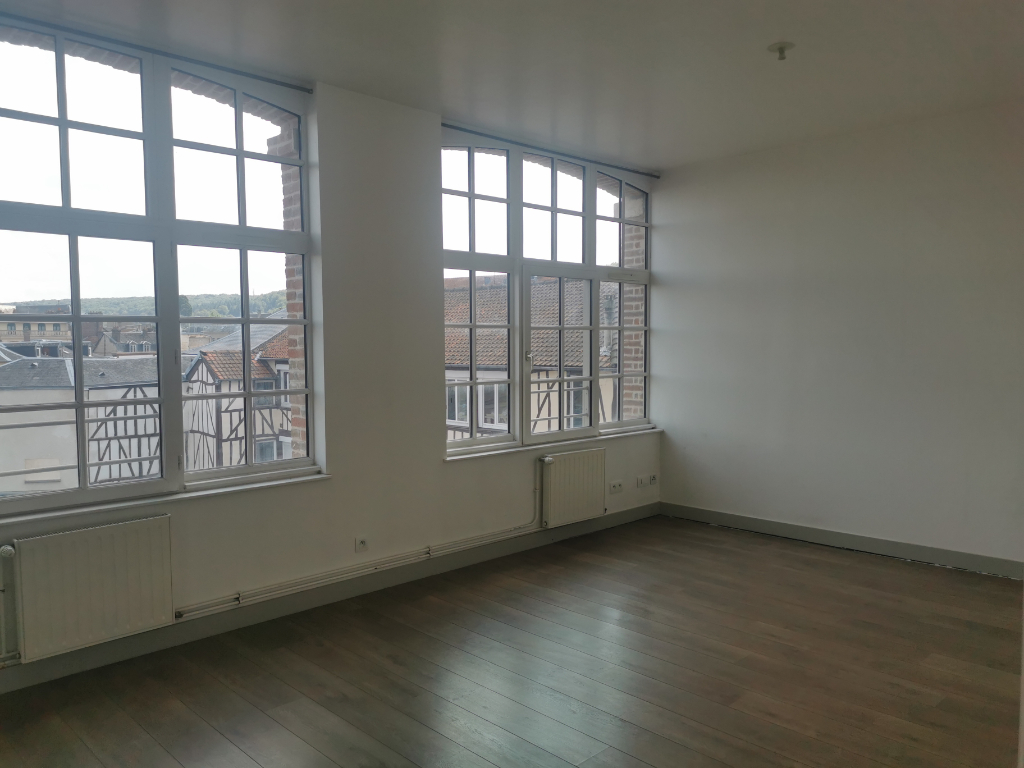 APPARTEMENT T2 2/6
